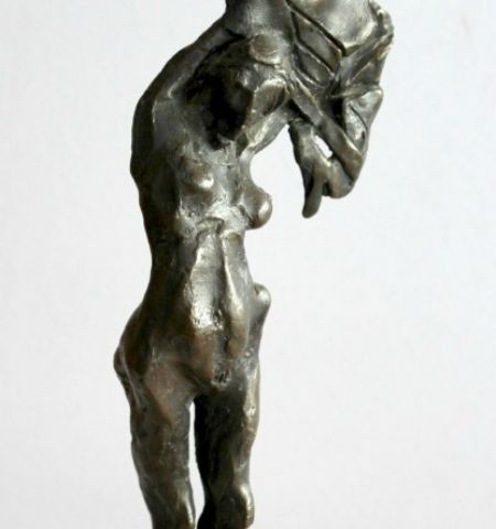 Sculpture – Standing Lady
